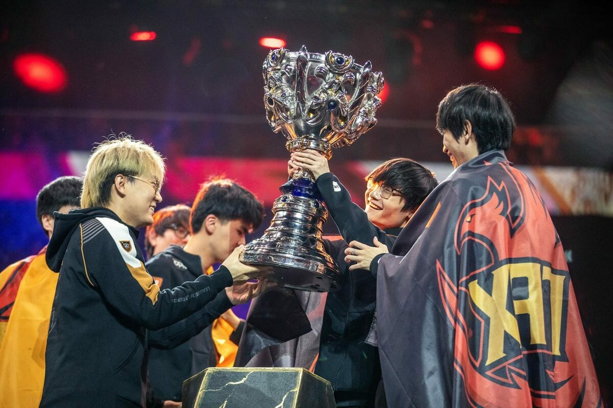 The League of Legends Worlds Group Stage is Underway